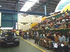 Car auction selling Standard Bank repossessions